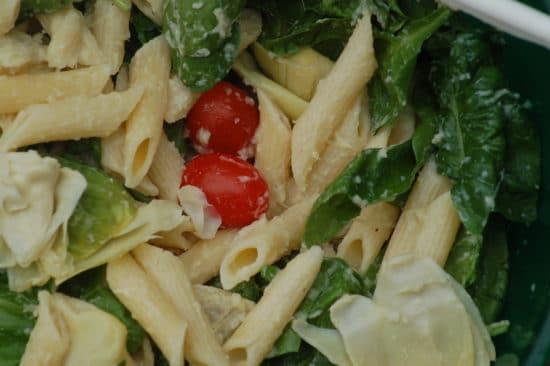 Artichoke Tomato Spinach Pasta Salad