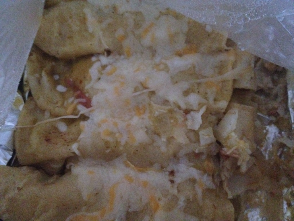 Life doesn't get much better than shredded chicken with sauce, onion and cheese wrapped up in corn tortillas, which I fried instead of my usual microwave method to soften the tortillas!
