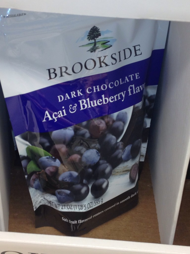My husband brought home a bag of these dark chocolate covered blueberries a few weeks ago and they were gone within a day. These are too addictive to keep in the house but boy do they taste great. What do you think about chocolate covered fruit?